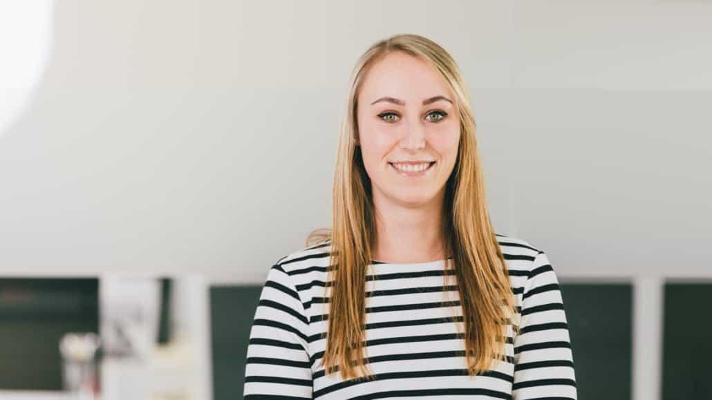 Jana kennt sich mit den Dampsoft-Produkten richtig aus. Im Kundenservice ist sie für Sie da.