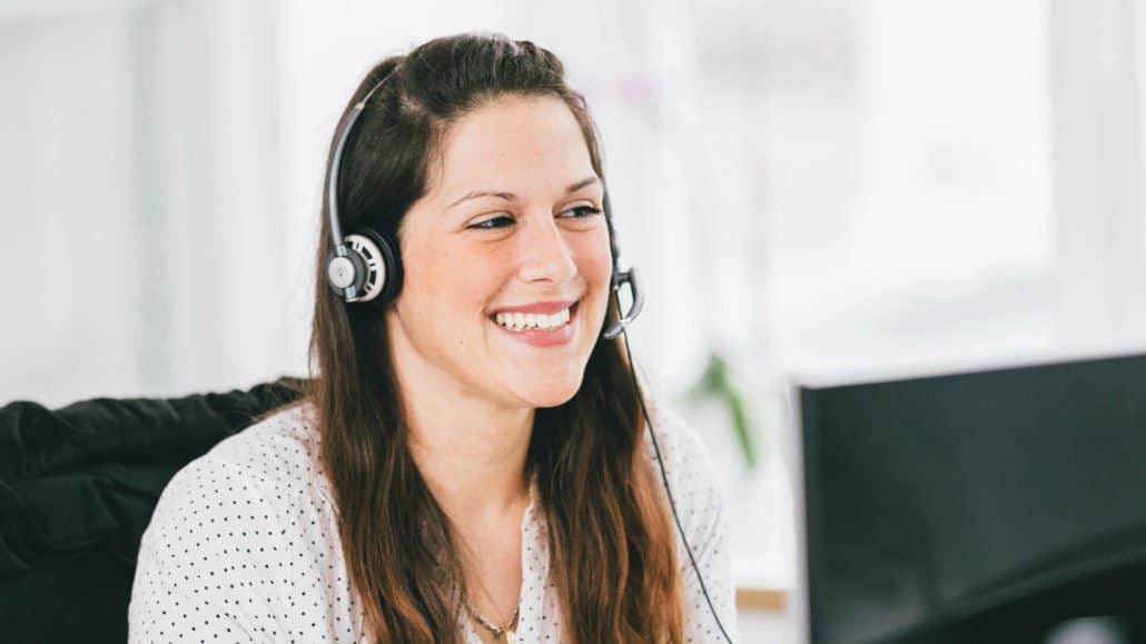 Melanie telefoniert täglich mit unseren Kunden – sie findet auch für Ihre Frage eine Lösung.