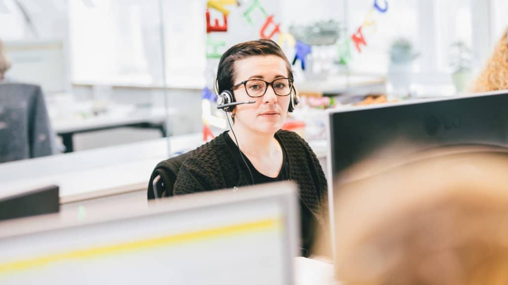 Susann gehört auch zu unserem Kundenservice – und freut sich, Ihnen weiterhelfen zu können.