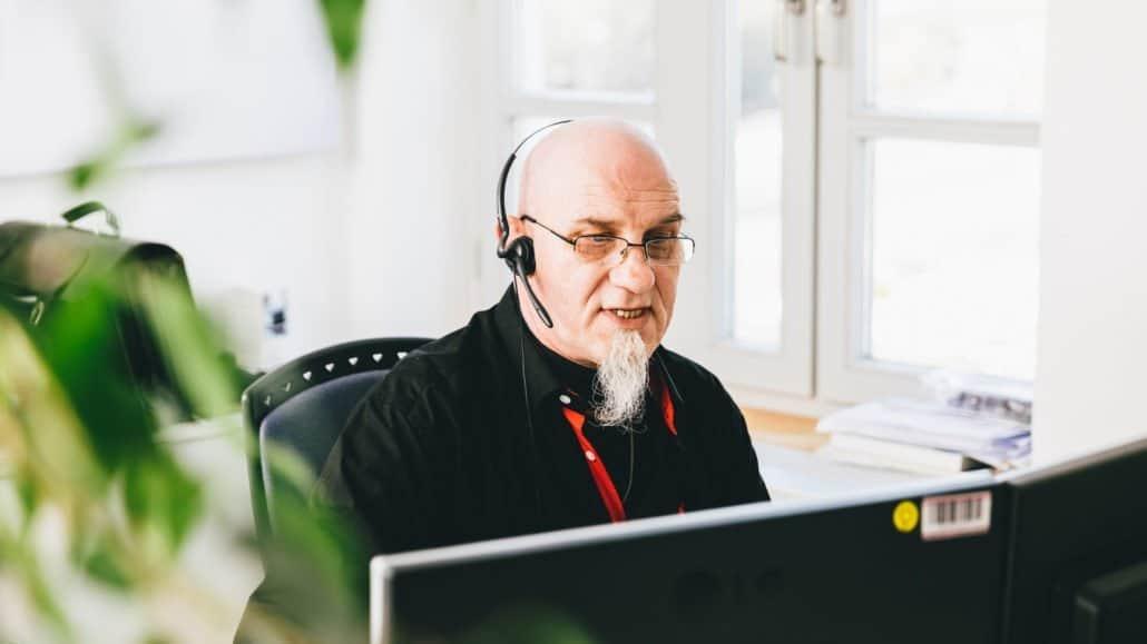 Peter aus dem Technischen Support findet für jedes Anliegen die passende Lösungen.