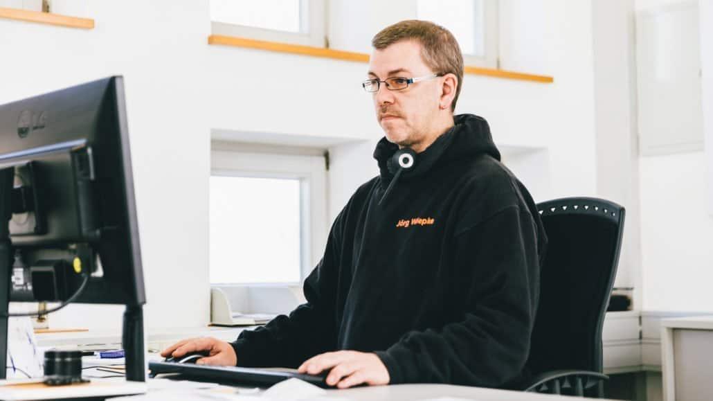 Jörg aus dem Technischen Support beantwortet Ihre Fragen zu technischen Themen.