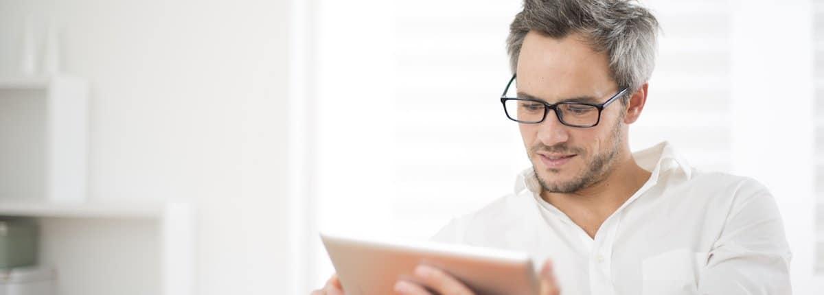 Die iPad-App ATHENA ermöglicht eine einfache Aufklärung und Anamnese Ihrer Patienten.